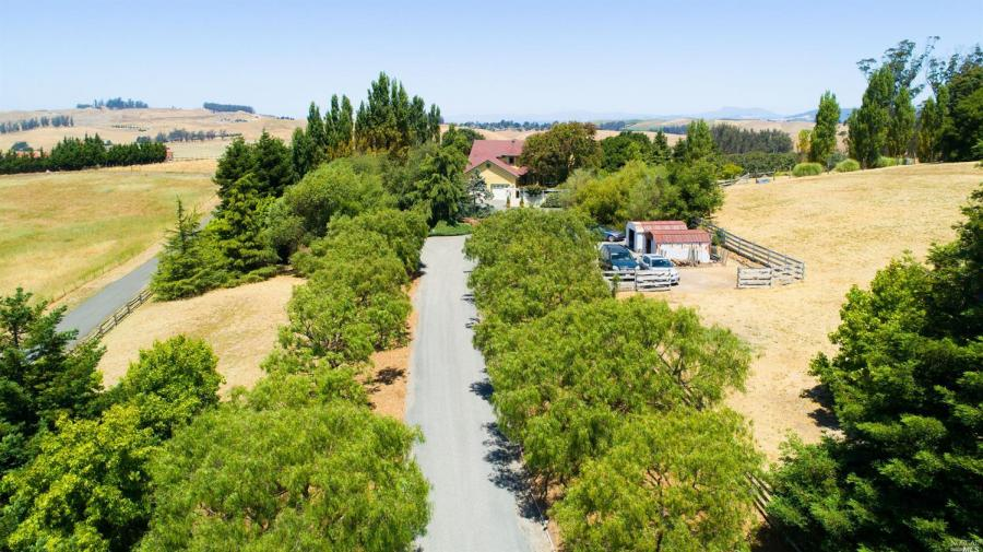 1333  Pepper Road Petaluma, CA 94952